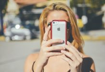 Apple снизит мировые цены на будущие айфоны