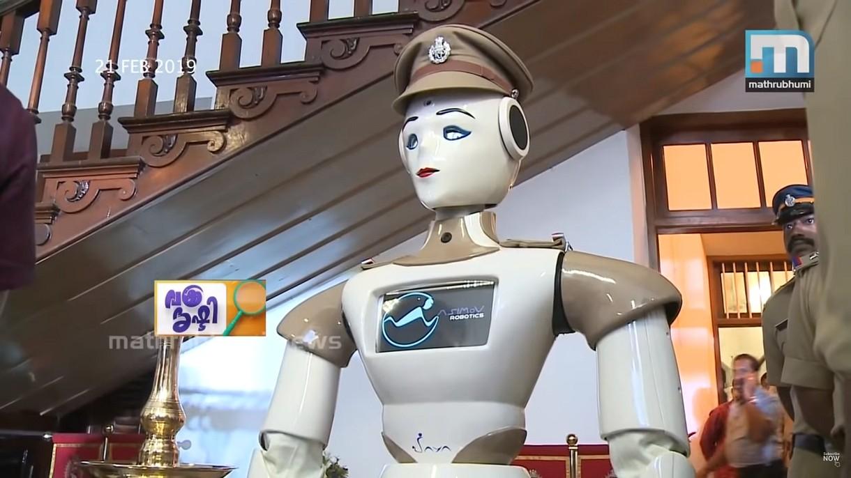 Индия делает ставку на робота. Первый робот-полицейский уже патрулирует улицы